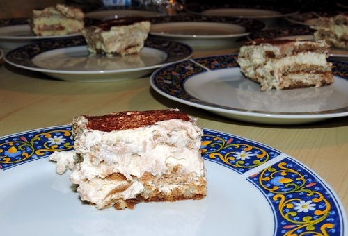 賞味期限 チーズケーキ ティラミス コストコ