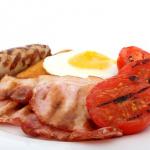 卵とベーコンの燻製、消費はお早めに?2つの燻製の賞味期限について
