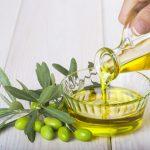 液体のオリーブオイルの賞味期限はいつまで? 捨て方はどうすればいいの?