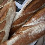 パン屋さんで売られているラスクはフランスパンよりも賞味期限が長くなる?