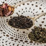 麦茶・紅茶・烏龍茶・ハーブティーの賞味期限と茶葉の活用方法について