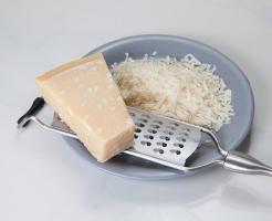 賞味期限 未開封 開封後 パルメザンチーズ